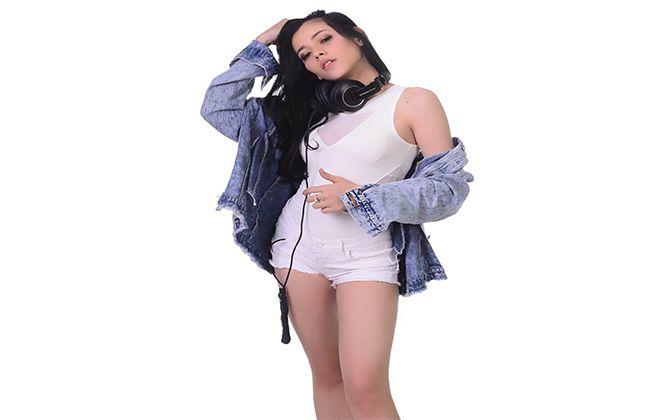 DJ Debby Kennedy, Female DJ Jakarta yang Tampil Atraktif