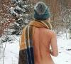 Kisah Selebgram Sterre Cordes. Foto Bugil di Tengah Salju Demi Sensasi