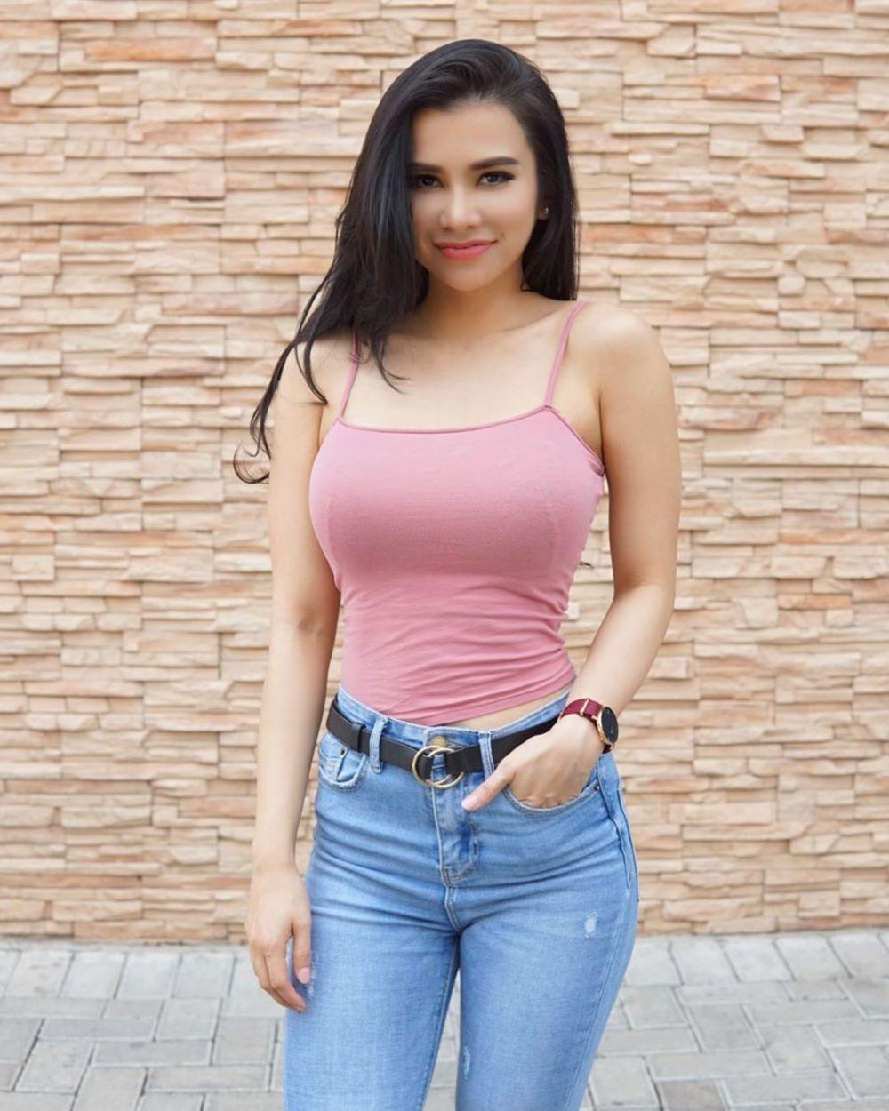 Sosok Maria Vania, Si Cantik yang Sporty dan Seksi