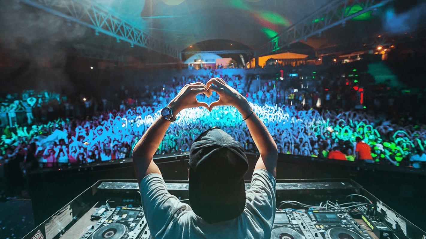 Odhejjah, Male DJ yang Tidak Lekang Dimakan Zaman