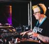 Tampilan Nyentrik dan Pandangan Hidup DJ Black Madonna